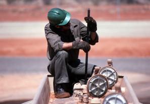 Service-, Wartungs-, Montage- und  Instandsetzungsarbeiten